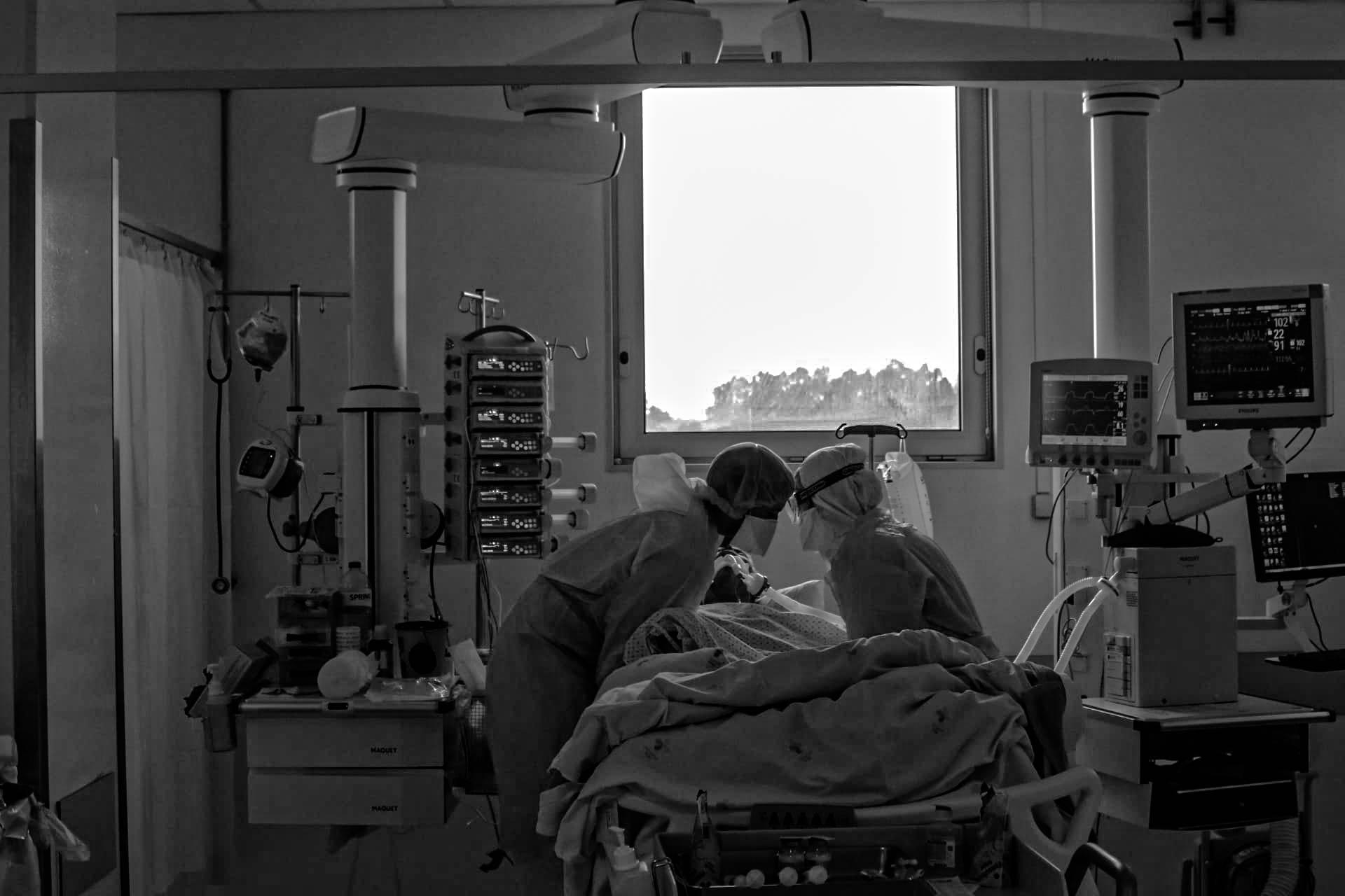 hospital-de-braga-Hospital de Braga promove Exposição Virtual sobre a sua Unidade de Cuidados Intensivos Polivalente